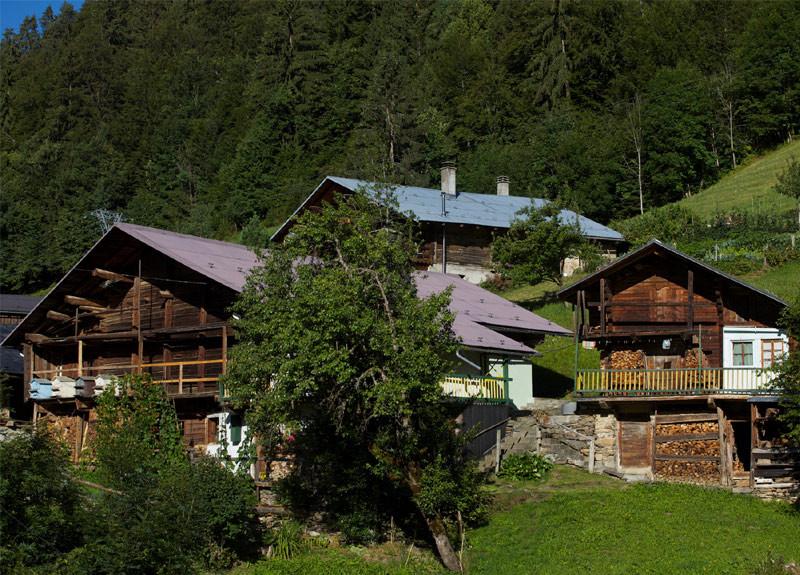 Villages & hamlets