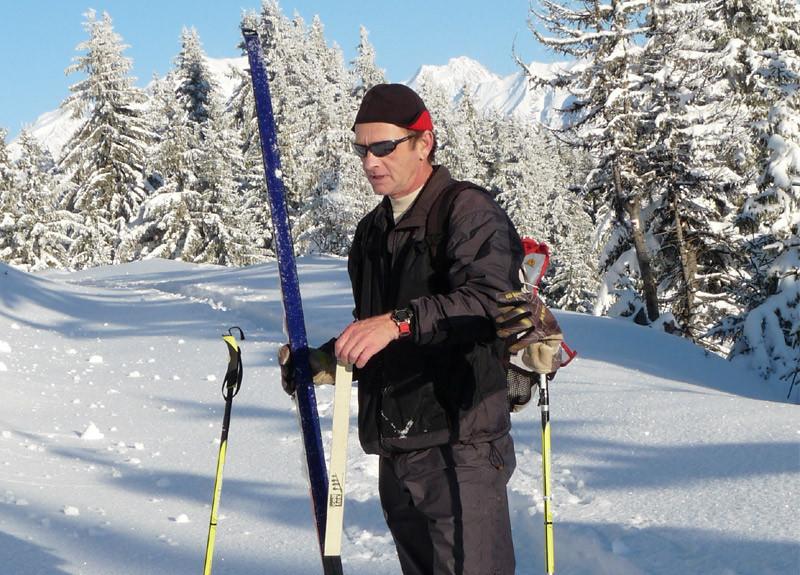 Nordic ski touring