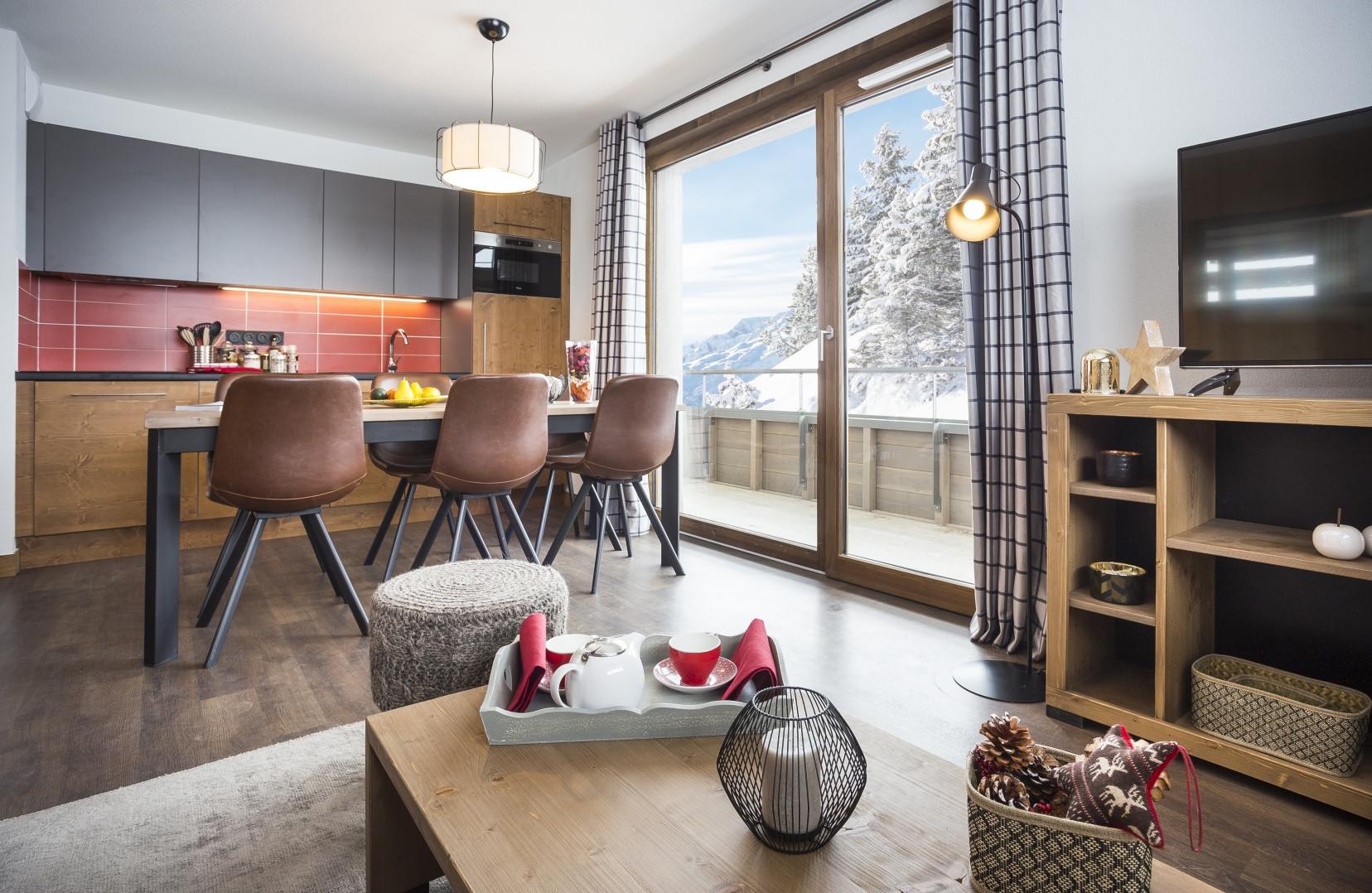 Salon, espace cuisine