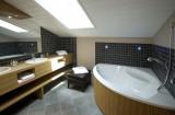 sall-de-bains-hotel-le-calgary-les-saisies