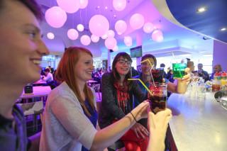 Bar, pub, bowling, brasserie... Le 1650 aux Saisies
