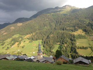 Hauteluce, village et église baroque