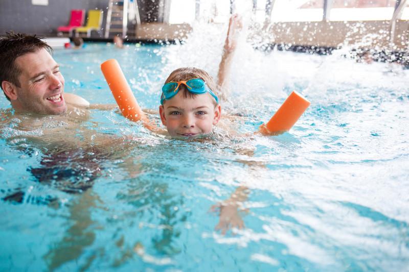 Cours de natation enfant aux Saisies